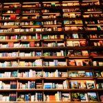 本は1冊ずつ読むな!バラバラ並行読書に限るワケ~現代なるほど読書術と読書時間の作り方~